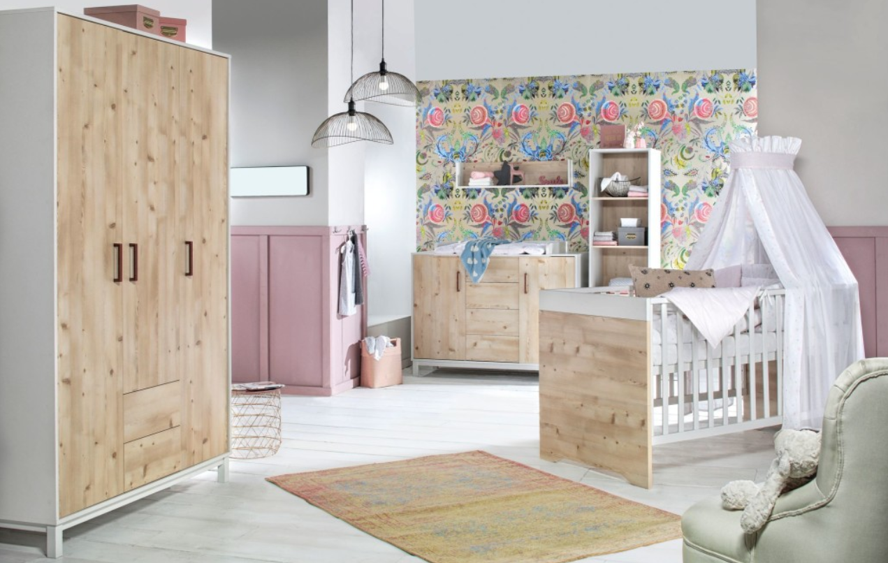 Babykamer Timber Pinie