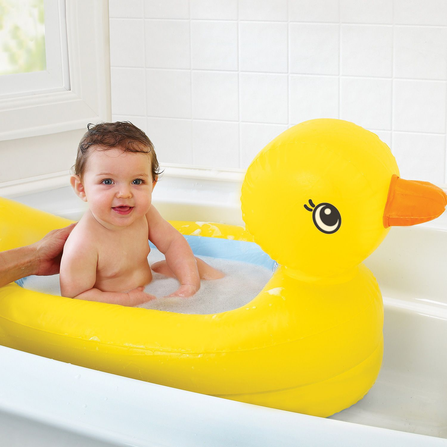 Image of Munchkin White Hot Inflatable Duck Tub 17114